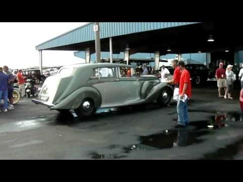 1948 Daimler DE36 limousine in motion