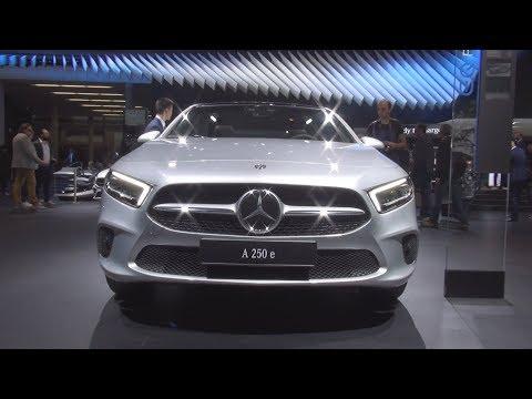 Mercedes-Benz A 250 e Plug-in Hybrid Limousine (2020) Exterior and Interior