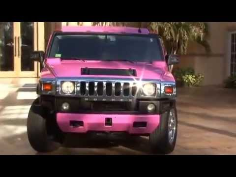 Pink Hummer Limo – 15 Passenger Limousine