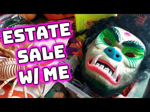 Estate Sale with Me | Garage Sale to Sell on Ebay | Reselling